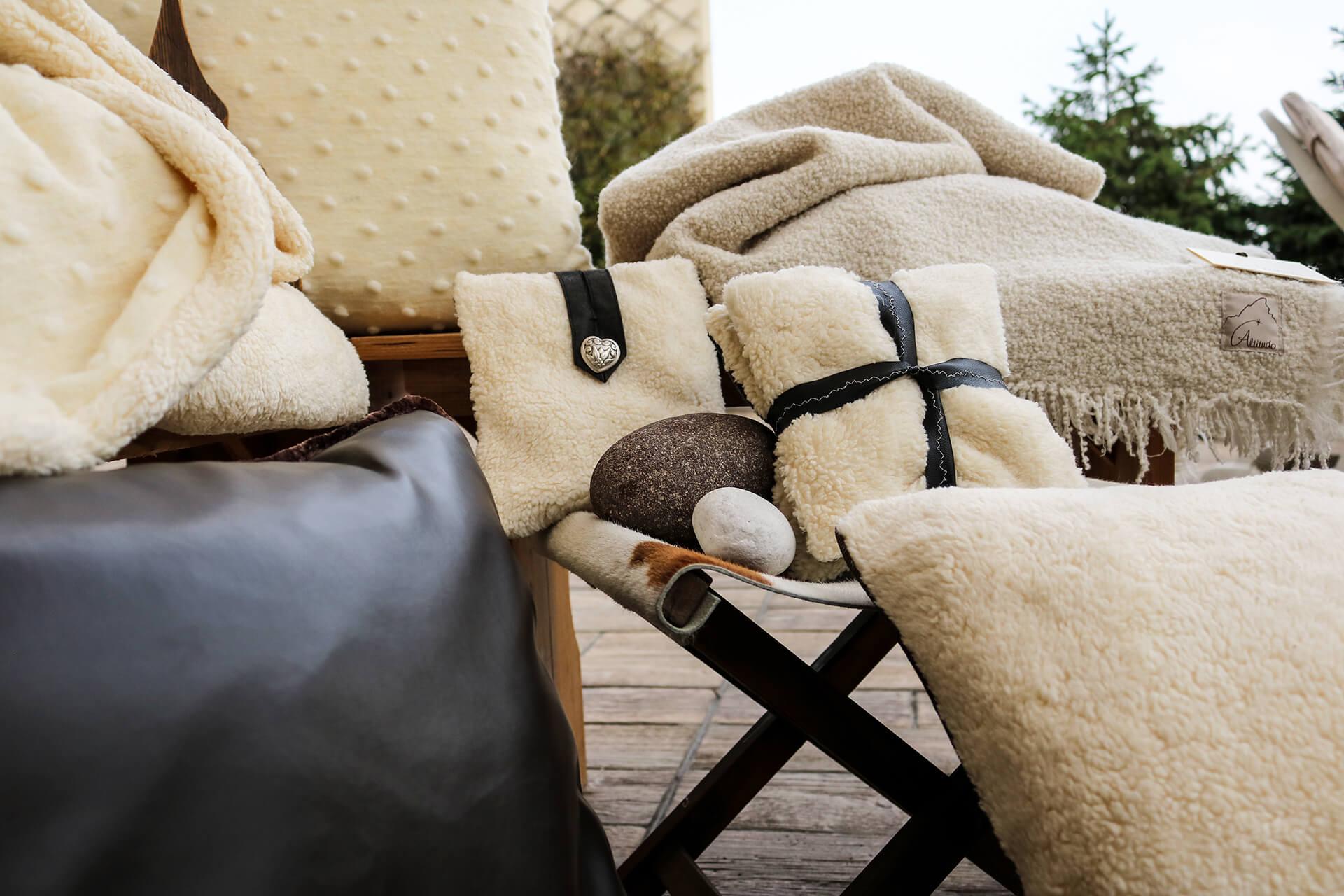 plaids coperte cuscini tende - Altitudo
