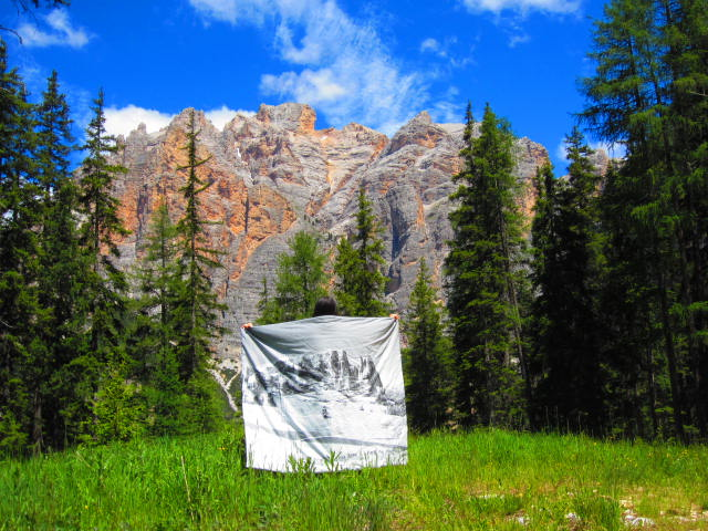 coperta imbottita con soffice ovatta, immagine Dolomiti bianco nero